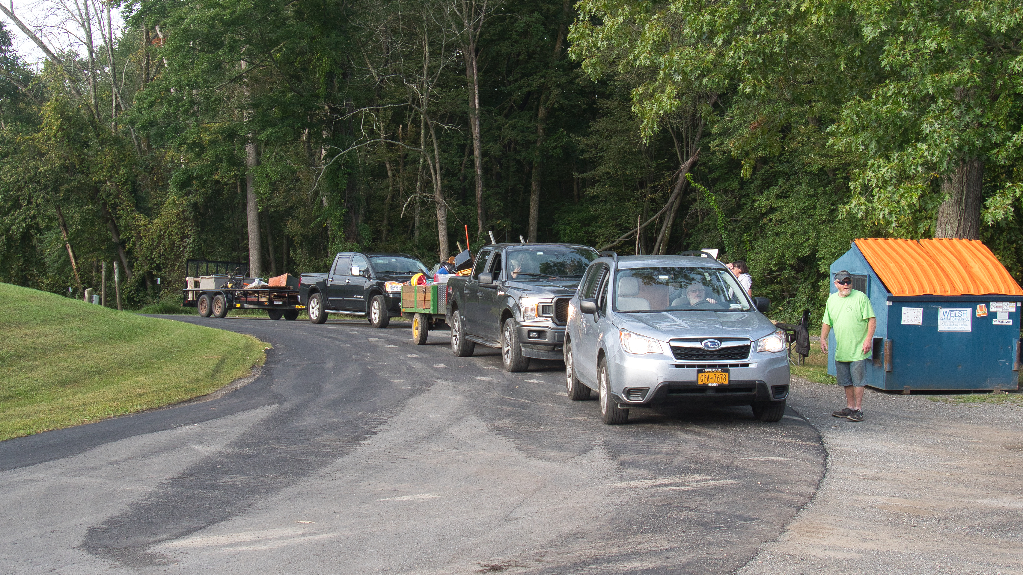 <strong>Running from 8 a.m. to 2 p.m., this year's Bob Couse Clean Up Day drew a steady number of area residents ready to part with their unwanted materials.<em>Photo by Stan Hirson</em></strong>